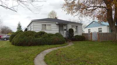 Single Family Home Pending Financing: 1511 4th St