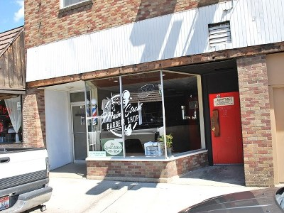 Commercial Lease For Lease: 148 Johnson Avenue