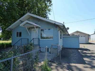 Lewiston Single Family Home For Sale: 1612 Hemlock Avenue