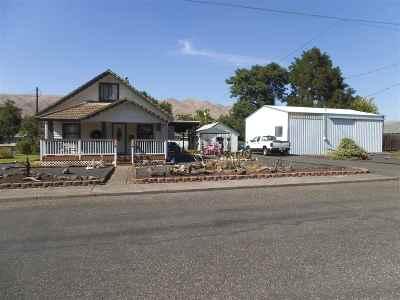 Lewiston, Clarkston Single Family Home For Sale: 1298 Maple Street