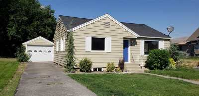 Single Family Home For Sale: 1102 10th Street