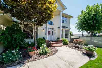 Lewiston Single Family Home For Sale: 3817 11th Street E
