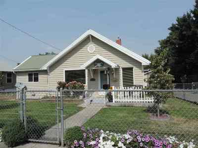 Single Family Home For Sale: 1274 Libby