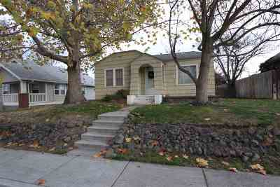 Single Family Home For Sale: 925 3rd Street