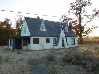 Pomeroy Single Family Home For Sale: 1859 Hwy 12 W