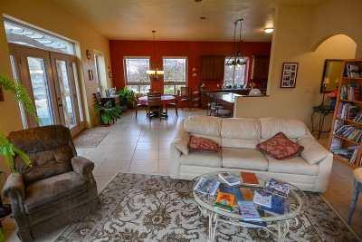 Asotin Single Family Home For Sale: 30588 Snake River Road