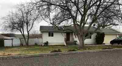 Single Family Home SELLER SAVED $2,895!!: 2061 Jacobson Court
