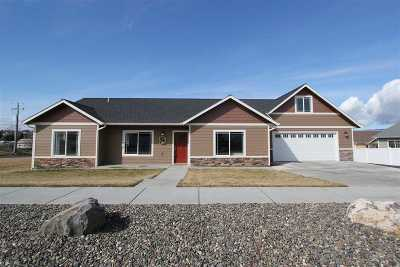 Lewiston Single Family Home For Sale: 3250 Expedition Way