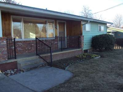 Lewiston Single Family Home For Sale: 3232 7th Street
