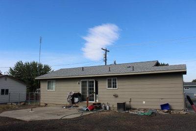 Lewiston Single Family Home For Sale: 1816 Powers Avenue