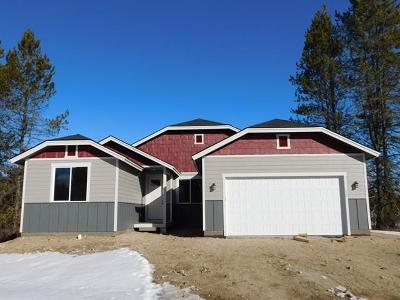 Donnelly Single Family Home For Sale: 172 Meadow Place