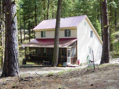Cascade Single Family Home For Sale: 29 Robbins Drive
