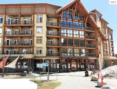 Mountainside, Schweitzer Condo/Townhouse For Sale: 124 Village Lane #204