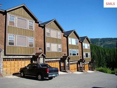 Mountainside, Schweitzer Condo/Townhouse For Sale: 52 Whiplash Circle #16
