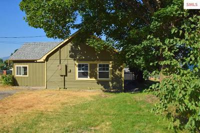Bonners Ferry Single Family Home For Sale: 6642 Alderson Ln