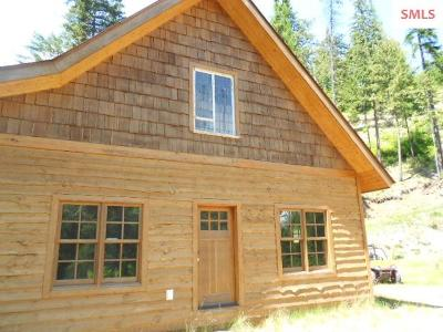 Bonners Ferry Single Family Home For Sale: Lions Den