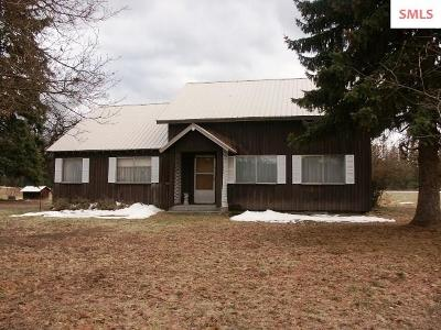 Bonners Ferry Single Family Home For Sale: 66022 Highway 2