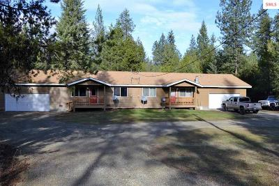 Priest River Multi Family Home For Sale: 691 Hoop Loop