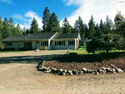 Moyie Springs Single Family Home For Sale: 25 Lolly Lane