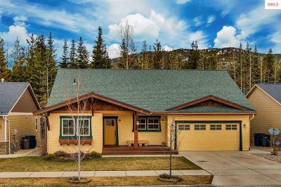 Sandpoint Single Family Home For Sale: 1141 Honeysuckle