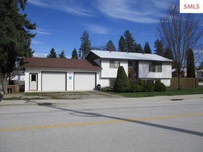Newport Single Family Home For Sale: 200 N Calispel