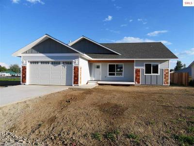 Kootenai Single Family Home For Sale: 616 W 2nd Ave