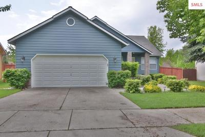 Coeur D'alene Single Family Home For Sale: 2054 W Ashley Ave