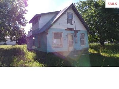 Bonners Ferry ID Single Family Home For Sale: $60,000
