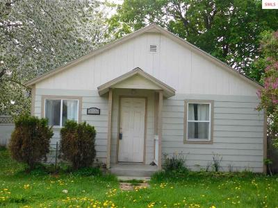 Bonners Ferry Single Family Home For Sale: 6542 Van Buren