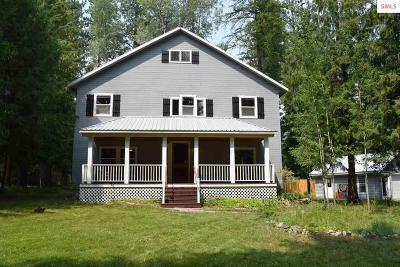 Sagle Single Family Home For Sale: 667 Spades Rd