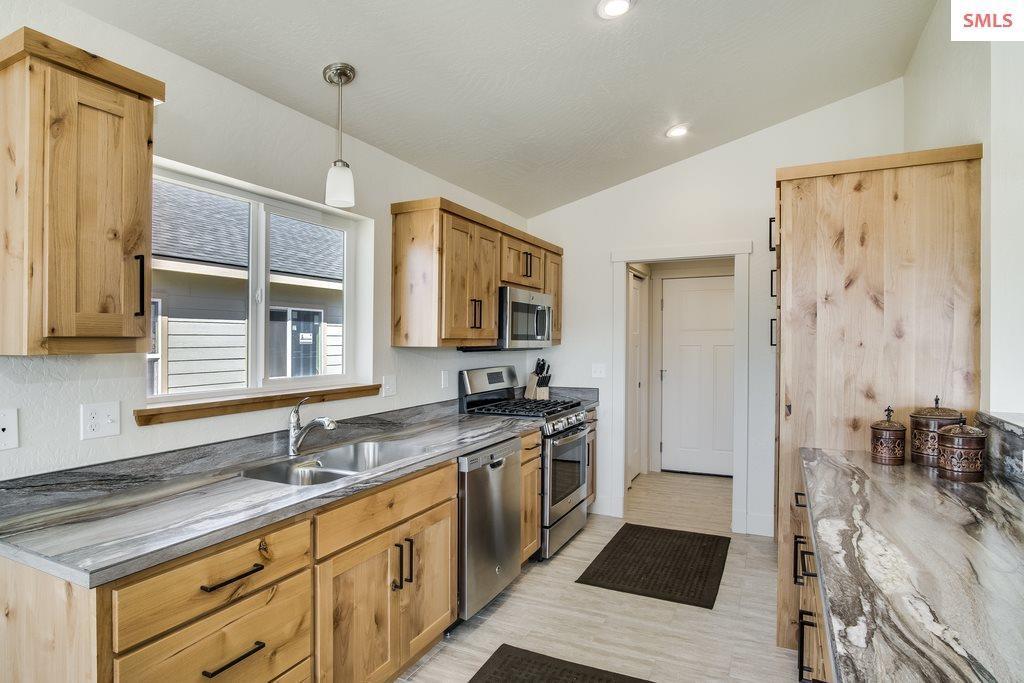Listing: 1613 Poplar, Sandpoint, ID.| MLS# 20182940 | Terry Stevens |  208 266 1800 | Clark Fork ID Homes For Sale