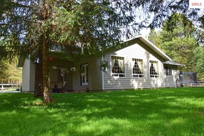 Bonners Ferry Single Family Home For Sale: 482 Hillcrest Rd