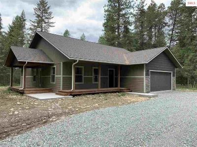 Moyie Springs Single Family Home For Sale: 19 Black Bear Rd