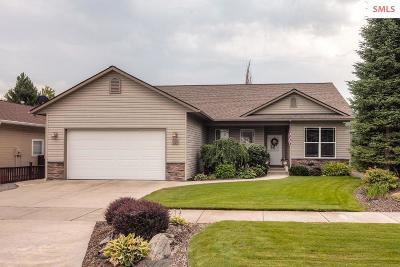 Post Falls Single Family Home For Sale: 1997 E Fountain Drive