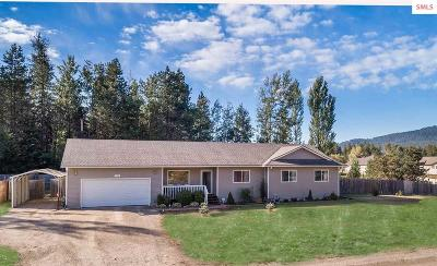 Sagle Single Family Home For Sale: 142 Meadowlark Dr