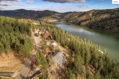 Coeur D'alene Single Family Home For Sale: 3690 E Fernan Hill Rd