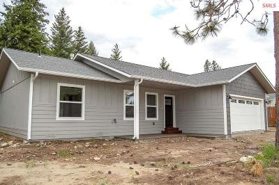 Moyie Springs Single Family Home For Sale: 330 Westwood Dr
