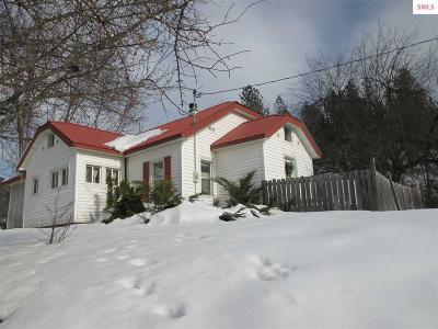 Priest River Single Family Home For Sale: 321 Wells Ln.
