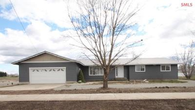 Post Falls Single Family Home For Sale: 3720 N Chase Rd