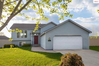 Post Falls Single Family Home For Sale: 697 N Sparklewood