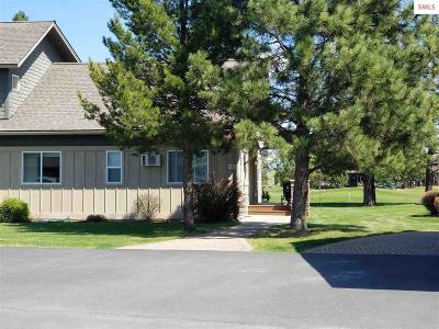 Blanchard Single Family Home For Sale: 29c Chardonnay Dr.