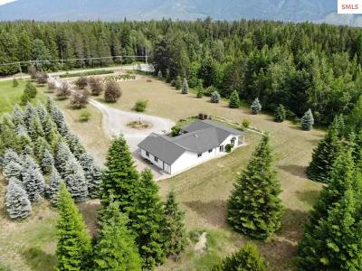 Bonners Ferry Single Family Home For Sale: 52 Shamrock Rd