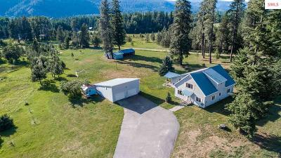 Sandpoint Single Family Home For Sale: 490080 Highway 95