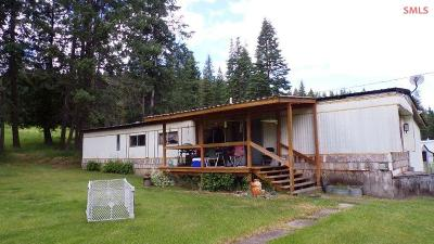 Moyie Springs Single Family Home For Sale: 1697 Old Hwy. Two Loop
