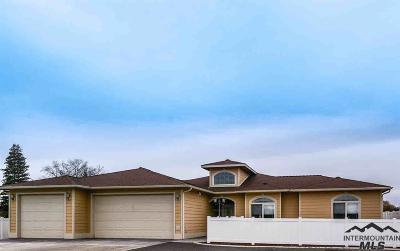 Lewiston Single Family Home For Sale: 1432 Burrell Avenue