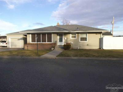 Single Family Home For Sale: 845 Riverview Boulevard