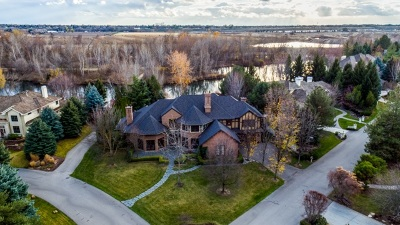 Boise Single Family Home For Sale: 9533 W Pebble Brook Ln.