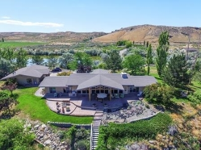 Hagerman Single Family Home For Sale: 18854 Highway 30
