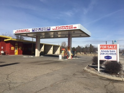 Commercial For Sale: 13 S Latah