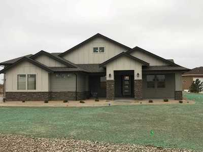 Middleton Single Family Home For Sale: Quail Hollow Dr
